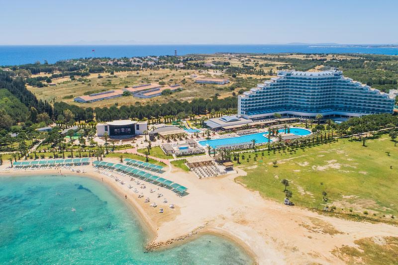 Venosa Beach Resort & SPA 5* - pláž