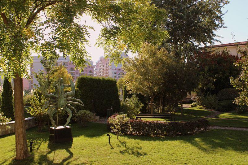 Helena Park 5* - záhrada
