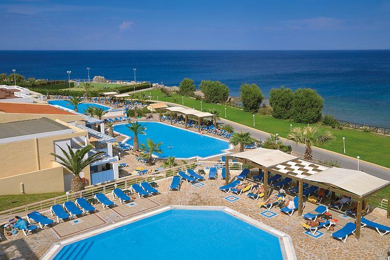 Paradise Village 4* - bazén