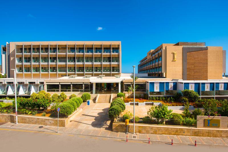 I Resort Beach & SPA 5* - budova