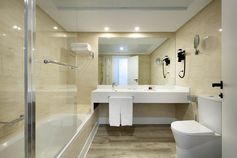 Palladium Hotel Costa del Sol 4* - kúpeľňa