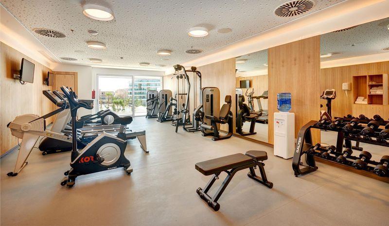 Hipotels Playa de Palma Palace 5* - fitnescentrum
