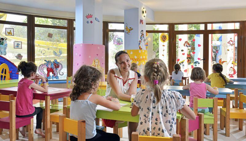 Sol Nessebar Bay & Mare Resort - miniklub