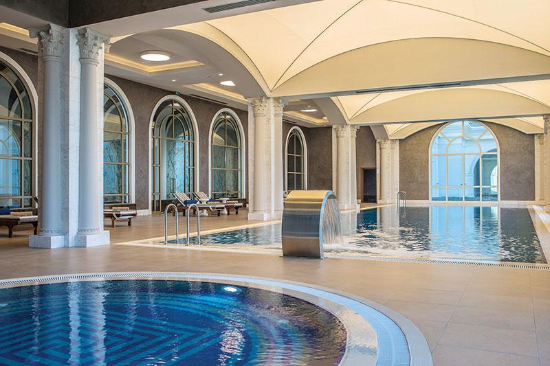 The Land of Legends 5* - vnútorný bazén
