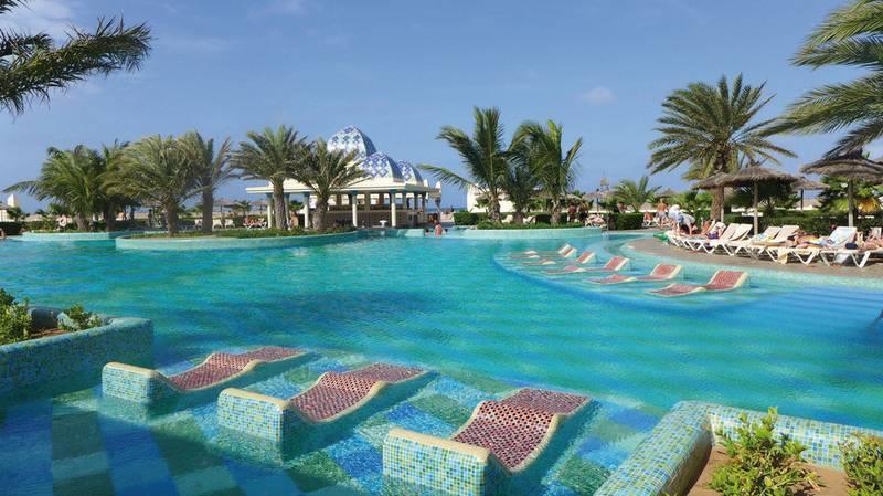 Riu Karamboa 5* - bazén