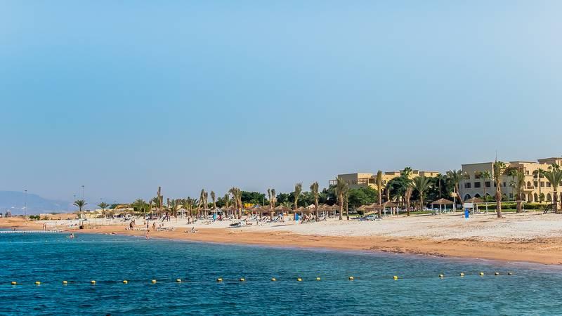 Tala Bay Resort 5* - pláž