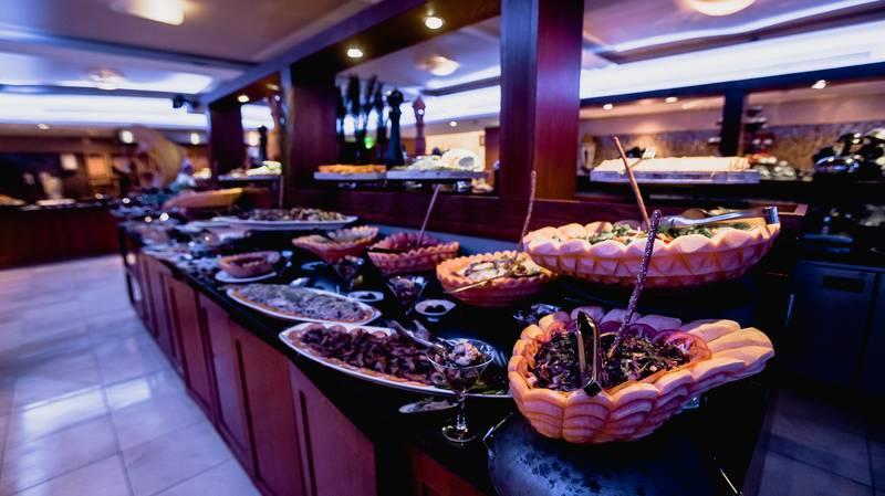 Tala Bay Resort 5* - reštaurácia